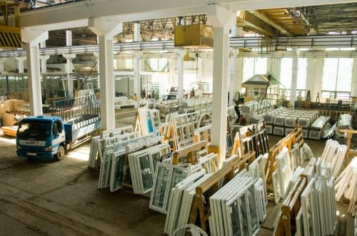 Заводы-по-производству-пластиковых-окон-2-500x331